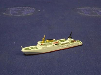 funny-girl-passenger-ship-hansa-HAN365