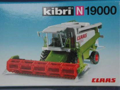 claas-crop-harvester-kibri-KIB19000