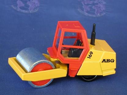 abg-169-roller-red-cab-siku-SIK2014