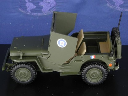 armoured-car-general-leclerc-vitesse-VITCR017