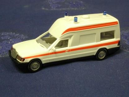 binz-ambulance-wiking-WIK07001