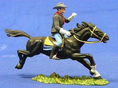 calvery-man-on-horse-with-gun-elastolin-by-preiser-ELA7162