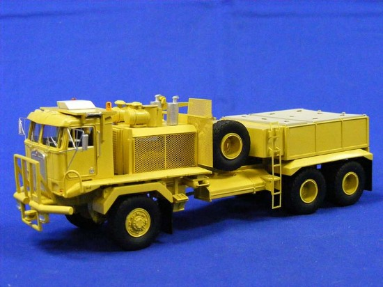 31193 NUOVO Traccia h0-camion profondamente caricatrici Harvester r-190 Bonito Contractors