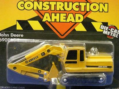 john-deere-690dlc-excavator-ertl-ERT579
