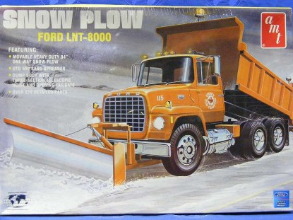ford-lnt-8000-snow-plow-ertl-ERT38687
