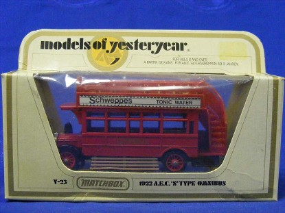 1922-a.e.c.-s-type-omnibus-red-matchbox-yesteryear-MMYY23