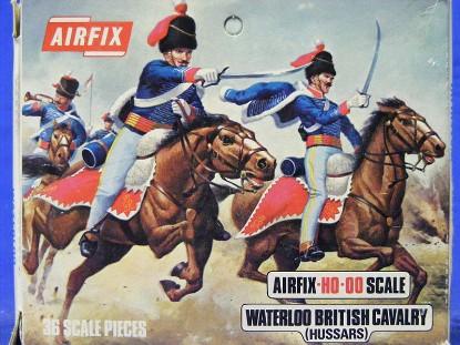 waterloo-british-cavalry-hussars-36-pieces-airfix-AIRS43