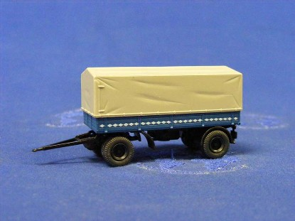 2-axle-low-sided-covered-truck-trailer-roco-ROC1531
