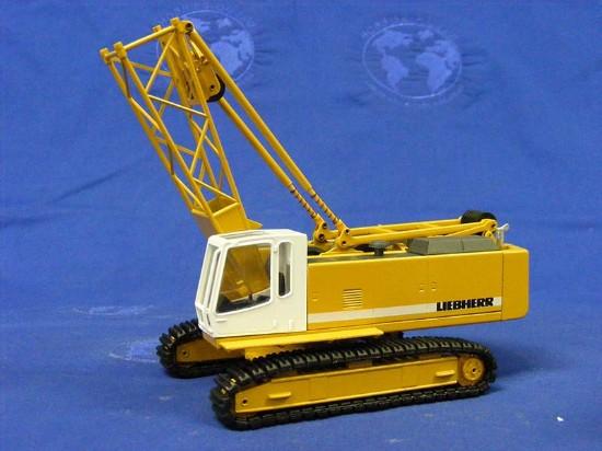 Liebherr HS843 crawler crane
