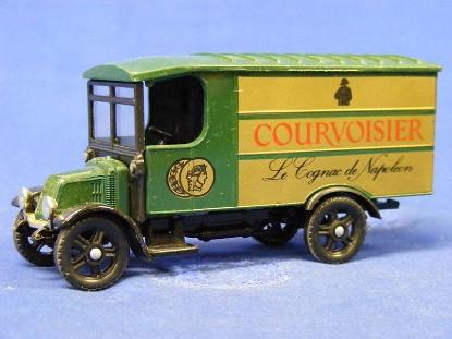 1926-renault-van-courvoisier-corgi-COR917