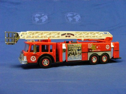 1997-texaco-aerial-tower-fire-truck-95th-anniv--gas-station-trucks-GST1997