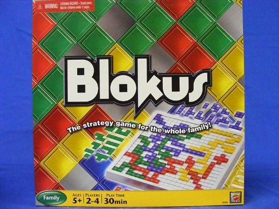 blokus--worldwide-award-winning-strategy-game-educational-insights-GMS1983