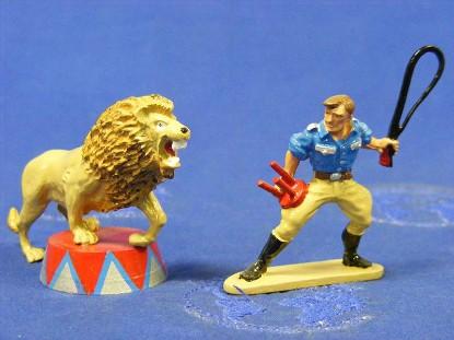lion-tamer-lion-britains-BRI8672