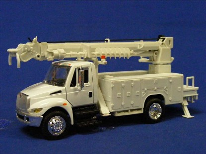 international-pole-digger-truck-new-ray-NRY15913