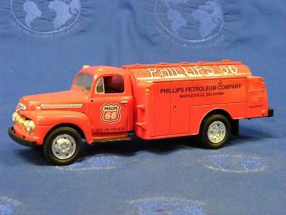 ford-1951-f-6-fuel-tanker-phillips-petroleum-co.-first-gear-FGC1034