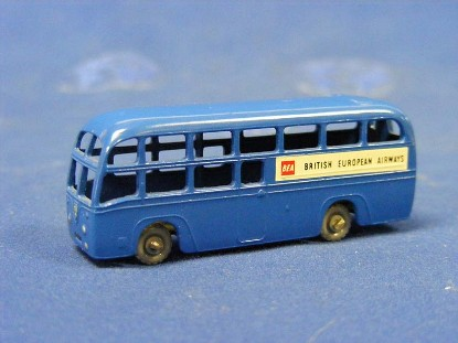 bea-coach-matchbox-1-75-MAT58-2