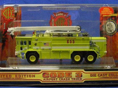 oshkosh-airport-crash-truck-o-hare-code-3-collectibles-COD12150