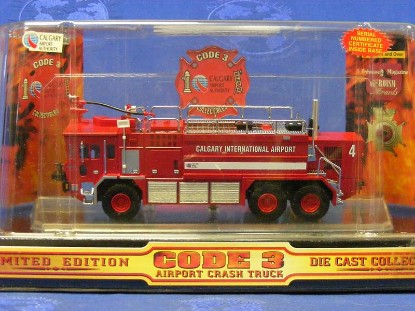 oshkosh-airport-crash-truck-calgary-code-3-collectibles-COD12157