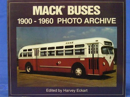 mack-buses-1900-1960-photo-archive-by-eckart--BKS58388