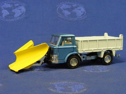 ford-d800-dump-with-v-snowplow-dinky-DIN439