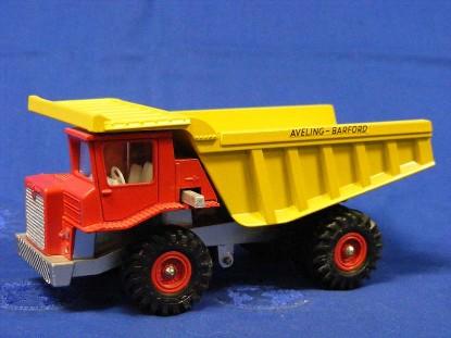 aveling-barford-centaur-mine-dump-dinky-DIN924
