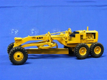 cat-12-grader-metal-wheel-ertl-ERT001