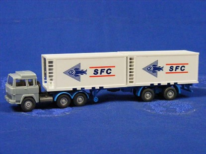 magirus-container-truck-sfc--wiking-WIK522