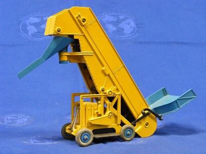 barber-greene-olding-elevator-loader-blue-box--dinky-DIN564