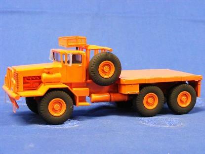 oshkosh-3080-oilfield-truck-les-miniatures-du-faubourg-LMF27