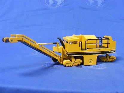 caterpillar-pr450-profiler-new-yellow-c-logo-nzg-NZG299.01