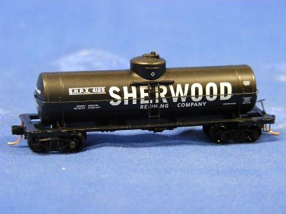 39-single-dome-tank-car-sherwood--micro-trains-line-MTL06500760