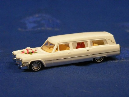 1971-cadillac-station-wagon-wedding--busch-BUS42917