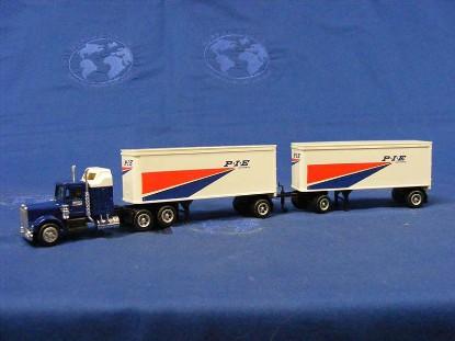 27-twin-tractor-trailer--p.i.e-concor-CCR1031
