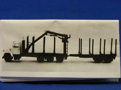 logging-truck-w-cherry-picker-custom-finishing-CFP5010