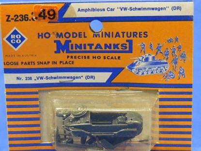amphibious-car--vw-schwimmwagon-roco-ROC236