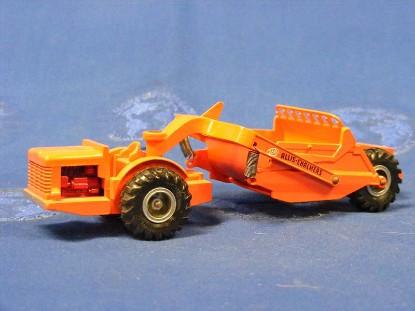 allis-chalmers-260-scraper-matchbox-king-size-MATK-6A1