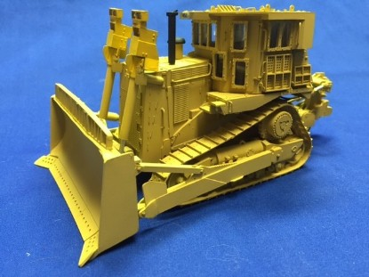 Picture of Doobi D9R dozer   sand color