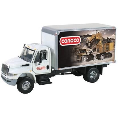 Picture of IH Durastar box truck CONOCO mining machines