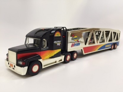 Picture of 1999 Sunoco Car Carrier Truck (6th in Series)GOLD
