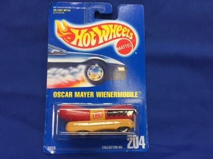 Picture of Oscar Mayer Wienermobile