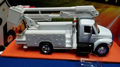 Picture of International line maintenance bucket truck