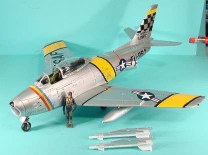 Picture of F-86F-30 Sabre Airplane - The Ultimate Soilder