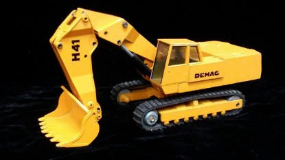 Picture of Demag H41 face shovel   left hand cab