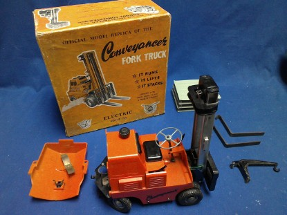 Picture of Conveyancer  forklift - battery operated
