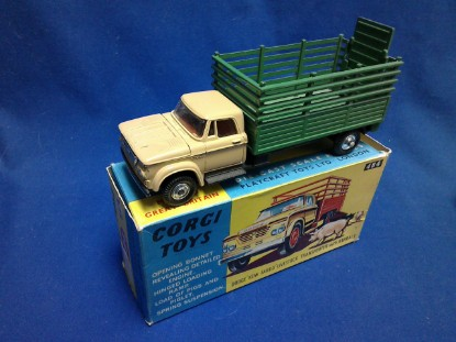 Picture of Dodge Kew Fargo livestock truck