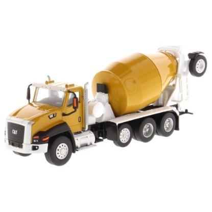 Picture of Caterpillar CT660 Mcneilus concrete mixer