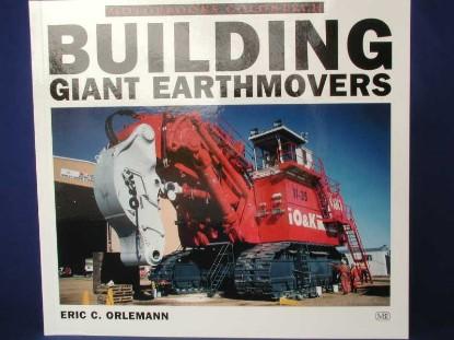 building-giant-earthmovers-80-color-40b-w--BKS129793