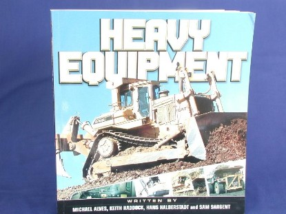 heavy-equipment-d10-cover-240-color--BKS136671