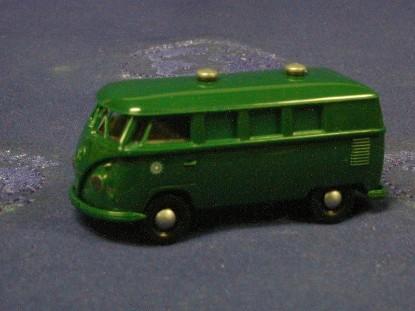 vw-van-green-brekina-BRE3268