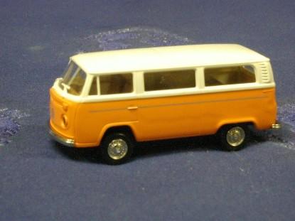 vw-kombi-bus-l--brekina-BRE33050